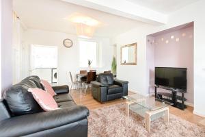 obrázek - Swansea Spacious home sleeps 7