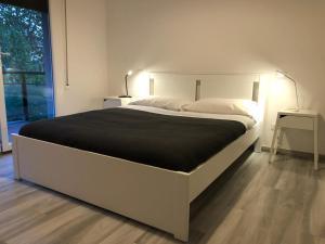 Four Rooms - AbcAlberghi.com