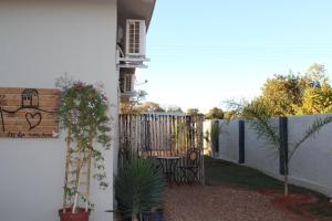 Ley-Lia Guest House, Affittacamere  Aranos - big - 9