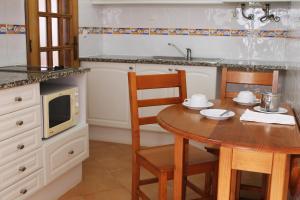 Oasis Beach Apartments, Aparthotels  Luz - big - 88