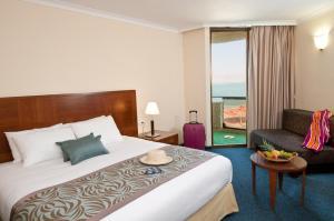 Herods Dead Sea – A Premium Collection by Fattal Hotels, Szállodák  Neve Zohar - big - 23