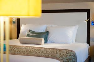 Herods Dead Sea – A Premium Collection by Fattal Hotels, Szállodák  Neve Zohar - big - 37