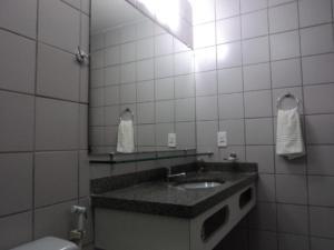Flat Via Venetto Meirelles, Apartmány  Fortaleza - big - 15