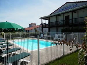 L'Auberge Everhotel de Tarbes-Ibos - Hotel - Tarbes