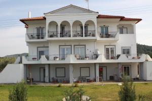 Hostels e Albergues - ZEPHYROS ROOMS