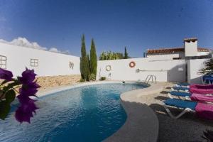 obrázek - Foyes Blanques Villa Sleeps 6 Pool Air Con WiFi