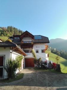 Agritur Bolser - Apartment - San Vigilio di Marebbe / St Vigil in Enneberg