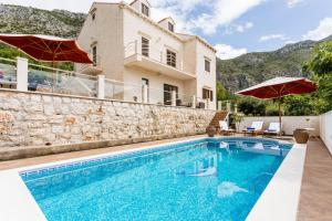 Rozat Villa Sleeps 8 Pool Air Con WiFi - Mlini