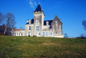 Accommodation in Saint-Avit