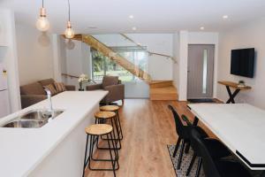 Central Lake Hamilton - Apartment
