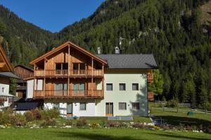 Appartamenti Col di Lana - AbcAlberghi.com