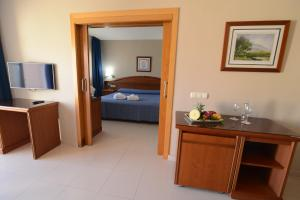 Bahía Tropical, Hotels  Almuí±écar - big - 8