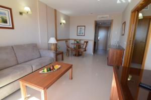 Bahía Tropical, Hotels  Almuí±écar - big - 20