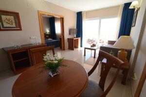 Bahía Tropical, Hotels  Almuí±écar - big - 19
