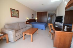 Bahía Tropical, Hotels  Almuí±écar - big - 2
