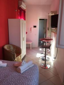 Calogero Apartments - AbcAlberghi.com
