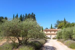 Accommodation in Beaurecueil