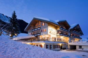 Hotel Steinbock - Mittelberg