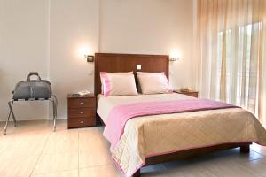 Stratos Hotel, Hotely  Afitos - big - 33
