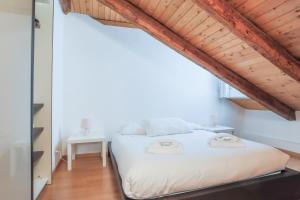 obrázek - TriesteVillas ORIANI, Romantic attic in the heart of Trieste