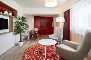 Park Inn by Radisson Bucharest Hotel & Residence, Aparthotels  Bukarest - big - 57