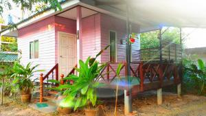 Greenhouse resort