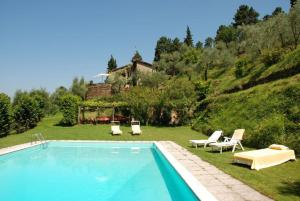 Lucca Villa Sleeps 6 Pool Air Con WiFi - AbcAlberghi.com