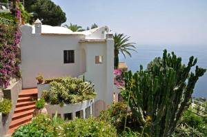 Positano Villa Sleeps 6 WiFi - AbcAlberghi.com