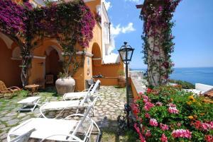 Positano Villa Sleeps 11 Air Con WiFi - AbcAlberghi.com