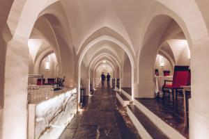 Convento do Espinheiro, Historic Hotel & Spa
