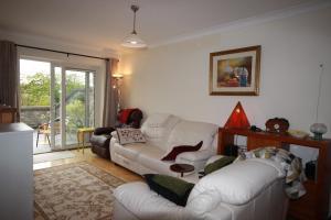 2 Harbour Heights, Clifden, Apartmanok  Clifden - big - 26