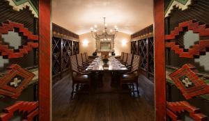 Rosewood Inn of the Anasazi (20 of 32)