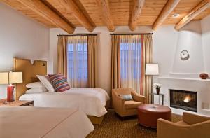 Rosewood Inn of the Anasazi (2 of 32)