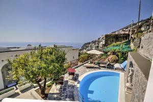 Praiano Villa Sleeps 5 Pool Air Con WiFi - AbcAlberghi.com