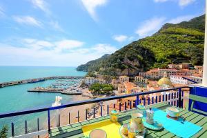 Cetara Apartment Sleeps 5 Air Con WiFi - AbcAlberghi.com