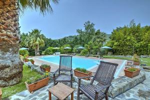 Santa Maria Villa Sleeps 2 Pool Air Con WiFi - AbcAlberghi.com
