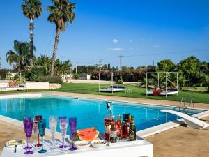 Syracuse Villa Sleeps 10 Pool Air Con WiFi - AbcAlberghi.com