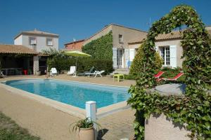 Bessan Villa Sleeps 6 Pool