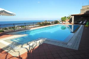 Ischia Villa Sleeps 4 Pool WiFi - AbcAlberghi.com