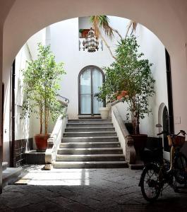 Sorrento Apartment Sleeps 8 Air Con WiFi - AbcAlberghi.com