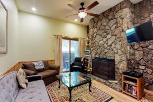 Gold Creek Condo 204 - Apartment - Angel Fire