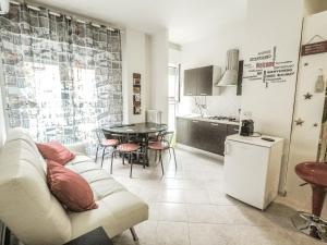 BOLOGNA E' UNA REGOLA il tuo appartamento in centr - AbcAlberghi.com