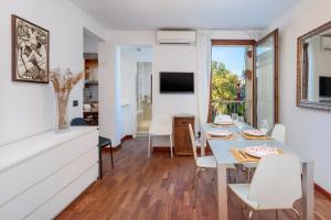 Apartment Calle Furlani Near Venice San Marco - AbcAlberghi.com