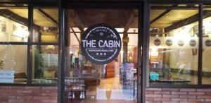 The Cabin Backpackers Hostel & Bar - Chiang Mai