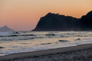 Beach Hotel Sunset, Hotely  Camburi - big - 36