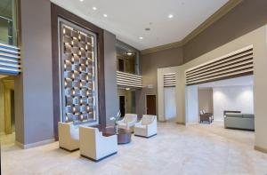 DoubleTree by Hilton Nanuet, Отели  Нанует - big - 27