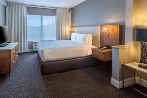 DoubleTree by Hilton Nanuet, Отели  Нанует - big - 20
