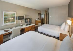 DoubleTree by Hilton Nanuet, Отели  Нанует - big - 24