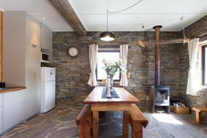 Creagh Cottage, Prázdninové domy  Arrowtown - big - 9