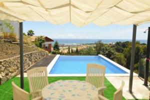obrázek - Sant Genis de Palafolls Villa Sleeps 6 Pool Air Con